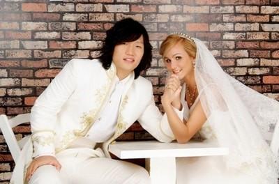 Ukrainian women date Asian Men