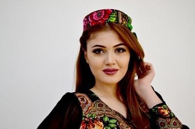 Tajik women for dating