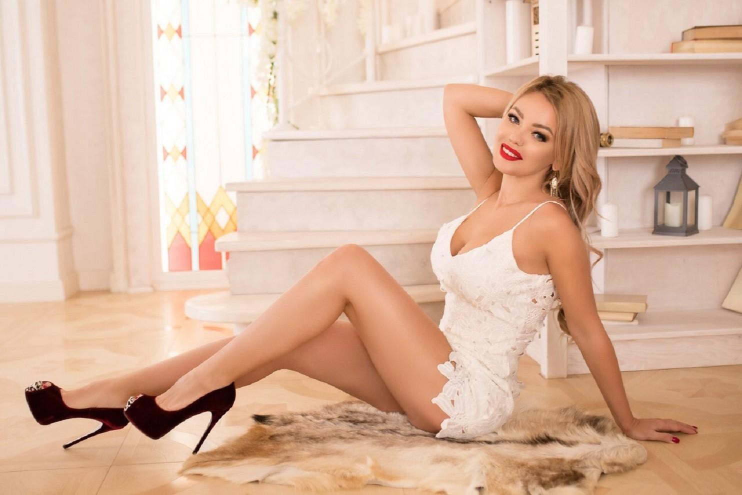 Treffen Sie Russische Frauen  auf Best-Matchmaking.com