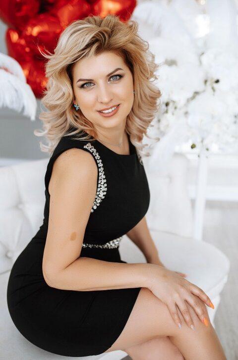 Nelya from Zaporozhye, Ukraine